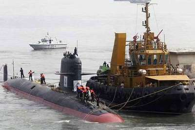 india-scorpene-submarine-in-epathram