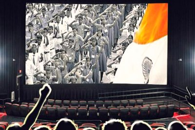 indian-national-anthem-at-cinema-hall-ePathram.jpg