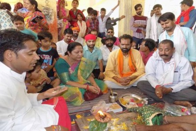 lalita-yadav-madhya-pradesh-minister-allegedly-organises-frog-wedding-for-rain-ePathram