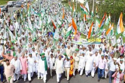 farmer-rally-kisan-kranti-padyatra-ends-at-delhi-s-kisan-ghat-ePathram
