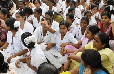 nurses-strike-epathram