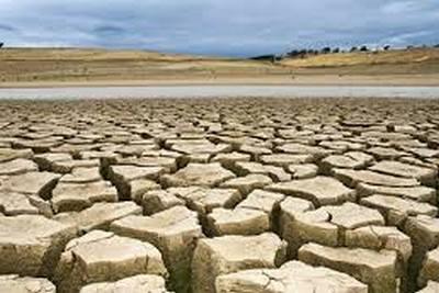 draught-issue-artificial-rain-ePathram