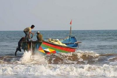 fishing-boat-epathram