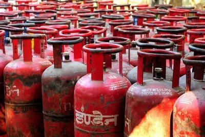 lpg-gas-cylinder-ePathram