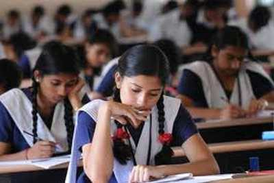 sslc-vhse-students-exam-class-room-ePathram