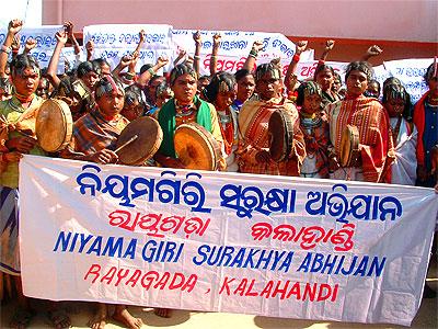 vedanta-bauxite-tribal-protest-epathram