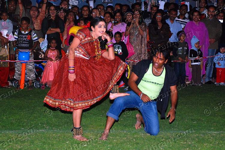 kera-record-dance-epathram