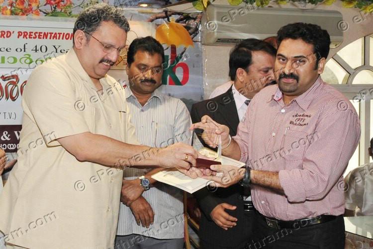 sahrudaya-award-2011-02-epathram