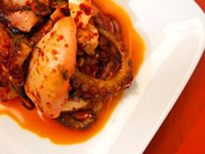 Spanish-Braised-Octopus-Paul-Octopus-Recipes-WorldCup-ePathram