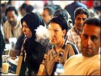 gaza-women-smoking-ban-epathram
