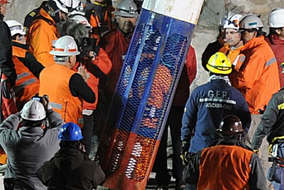 chile-miners-rescued-epathram