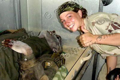 abu-ghraib-female-soldier-epathram