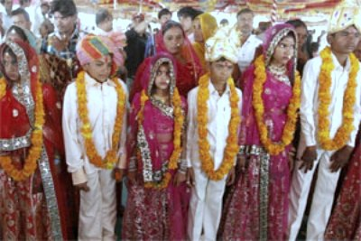 child-marriage-in-india-ePathram