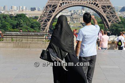 burqa-niqab-face-veil-ban-in-austria-ePathram