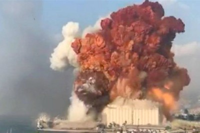 massive-blast-in-lebanon-s-capital-beirut-sea-port-ePathram
